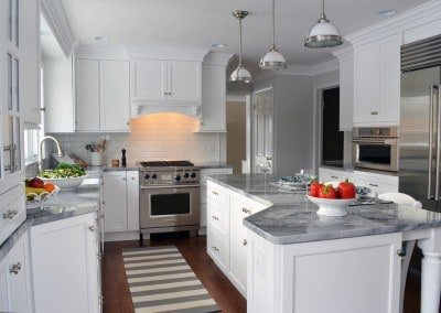 Traditional Kitchen, white