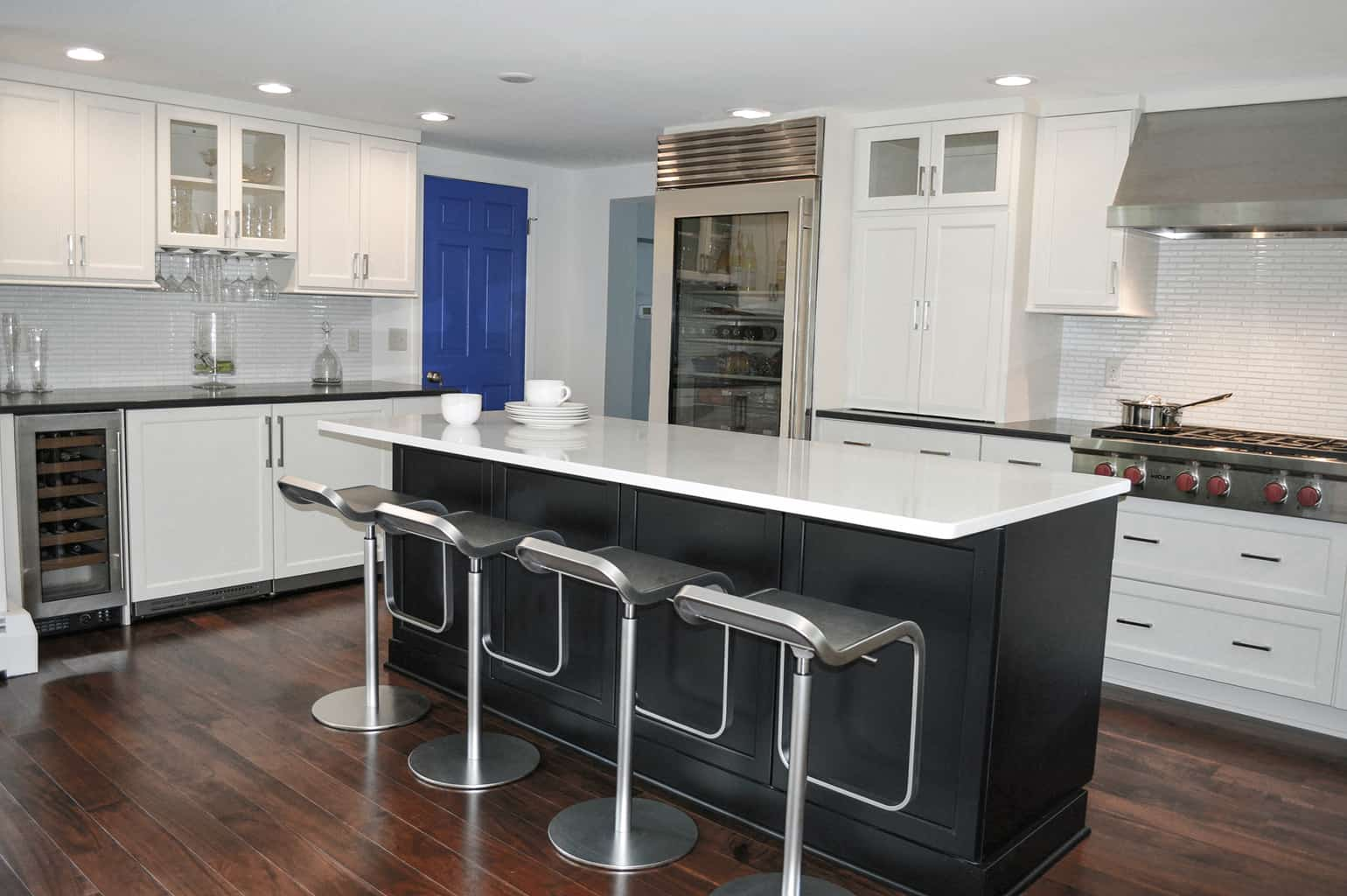 traditional vs transitional kitchen design