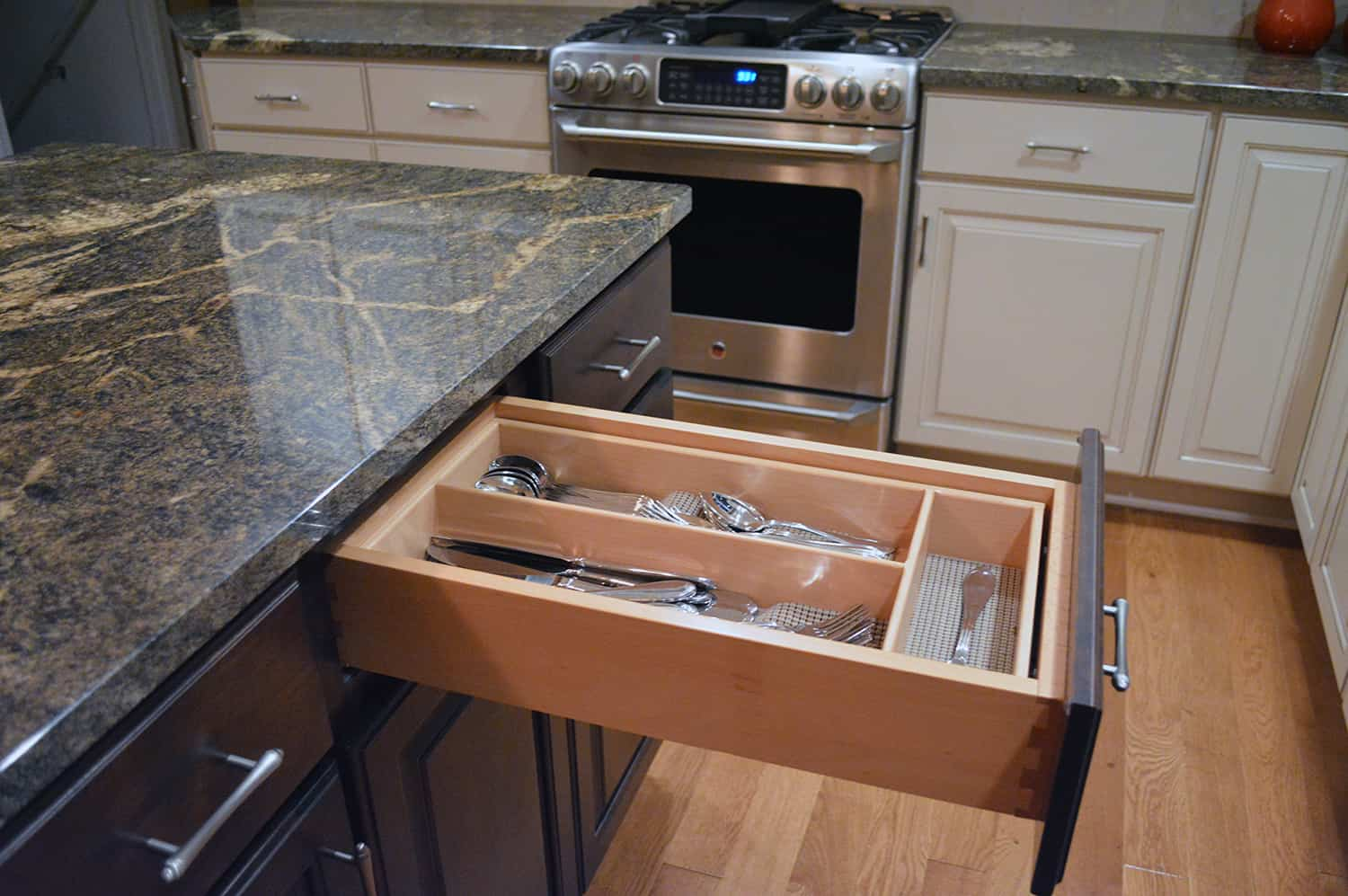 How do i know if a cabinet is good quality for Kitchen drawers